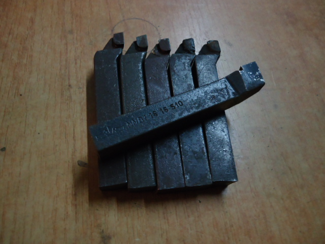NNBF 1616 S10 Zapnutie noža Cena 9.84zł / ks F / DPH