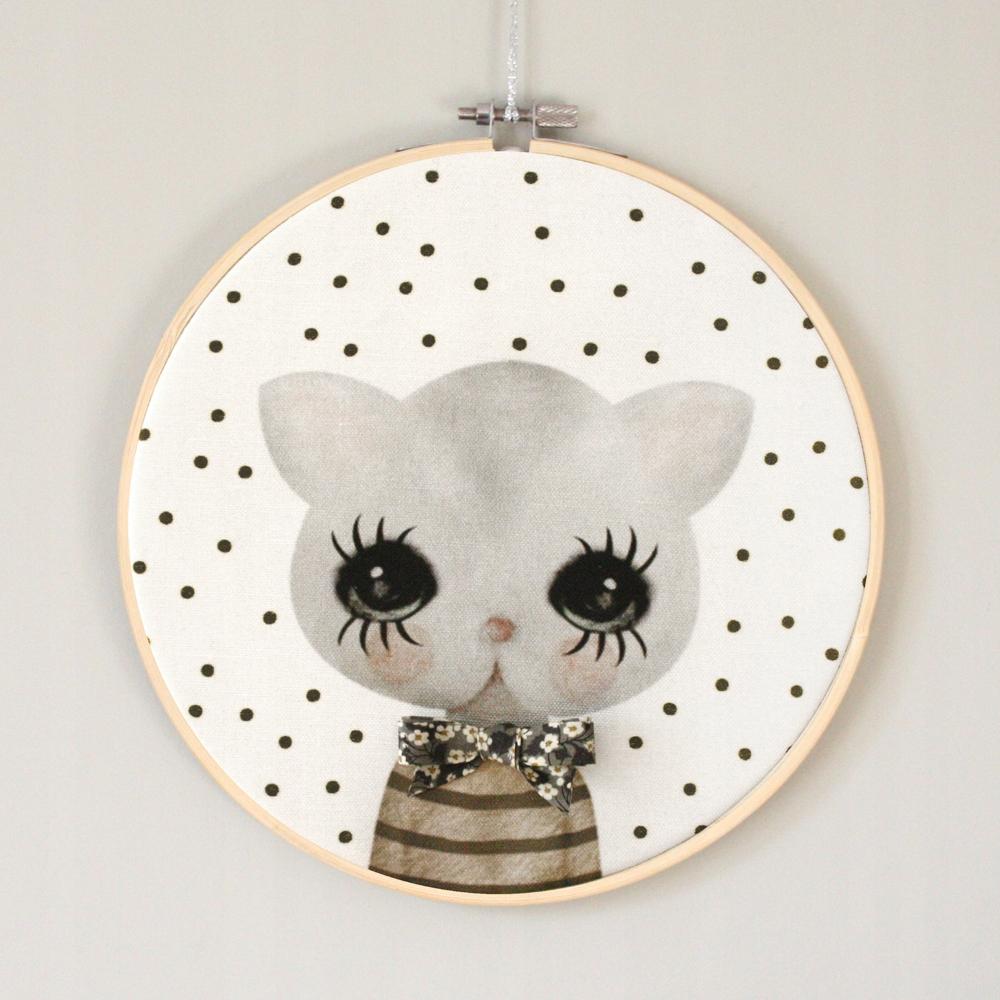 Prívesok retro sivá mačka s bowknot vzor Dizajn