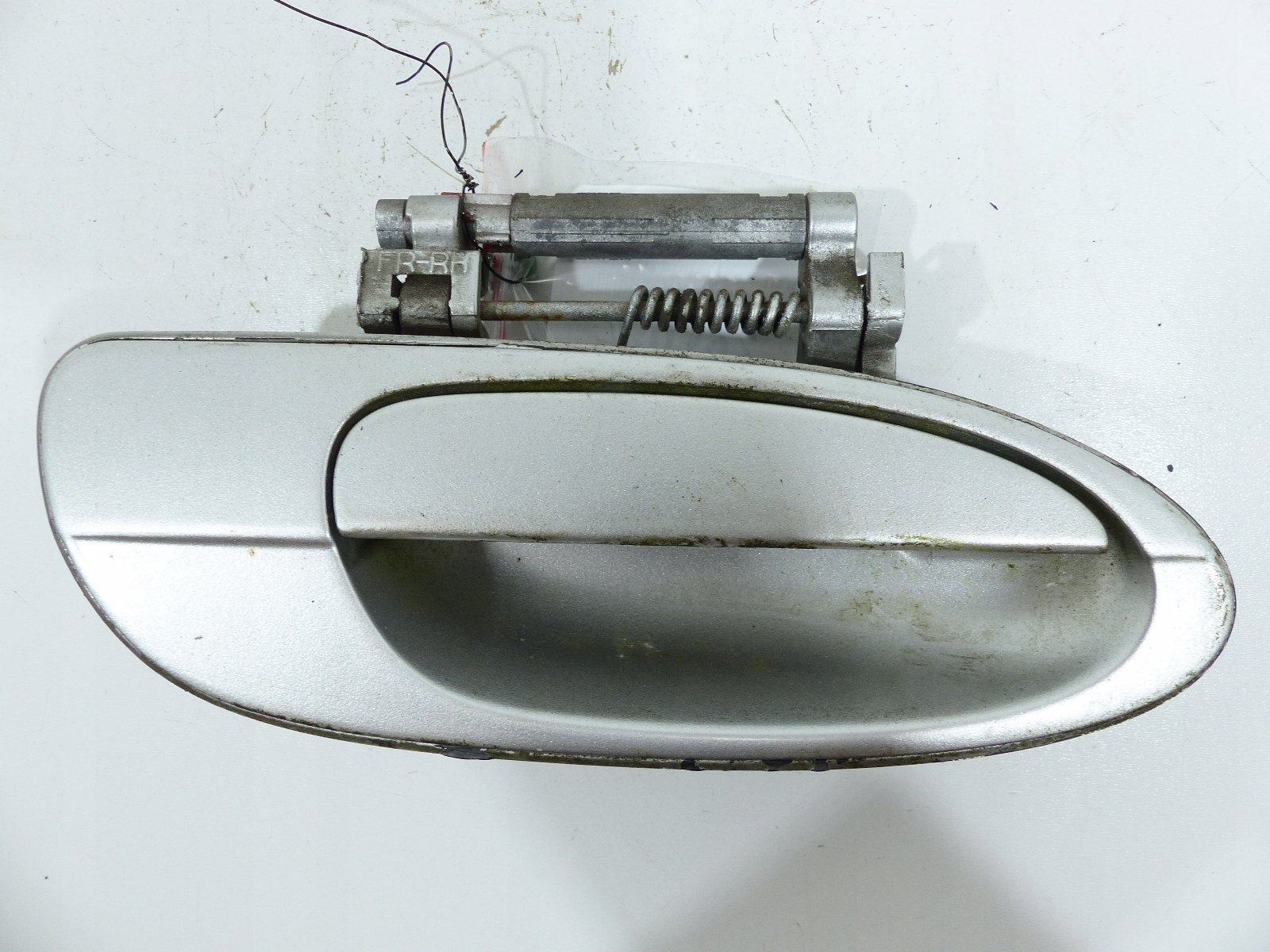 infiniti i35 02-04 ручка сзади права диаметр