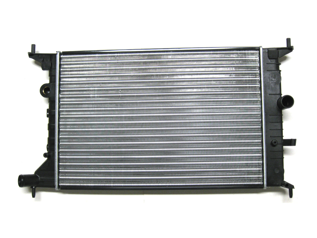 радиатор воды 1 6 1 8 2 0 opel vectra b 95-