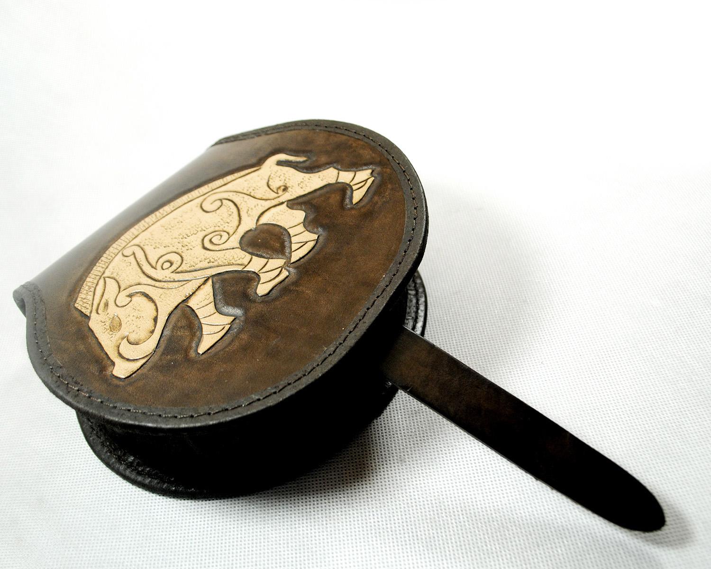Купить Мешочек кожаный украшенная - ранний тип.7 - КАБАН на Otpravka - цены и фото - доставка из Польши и стран Европы в Украину.