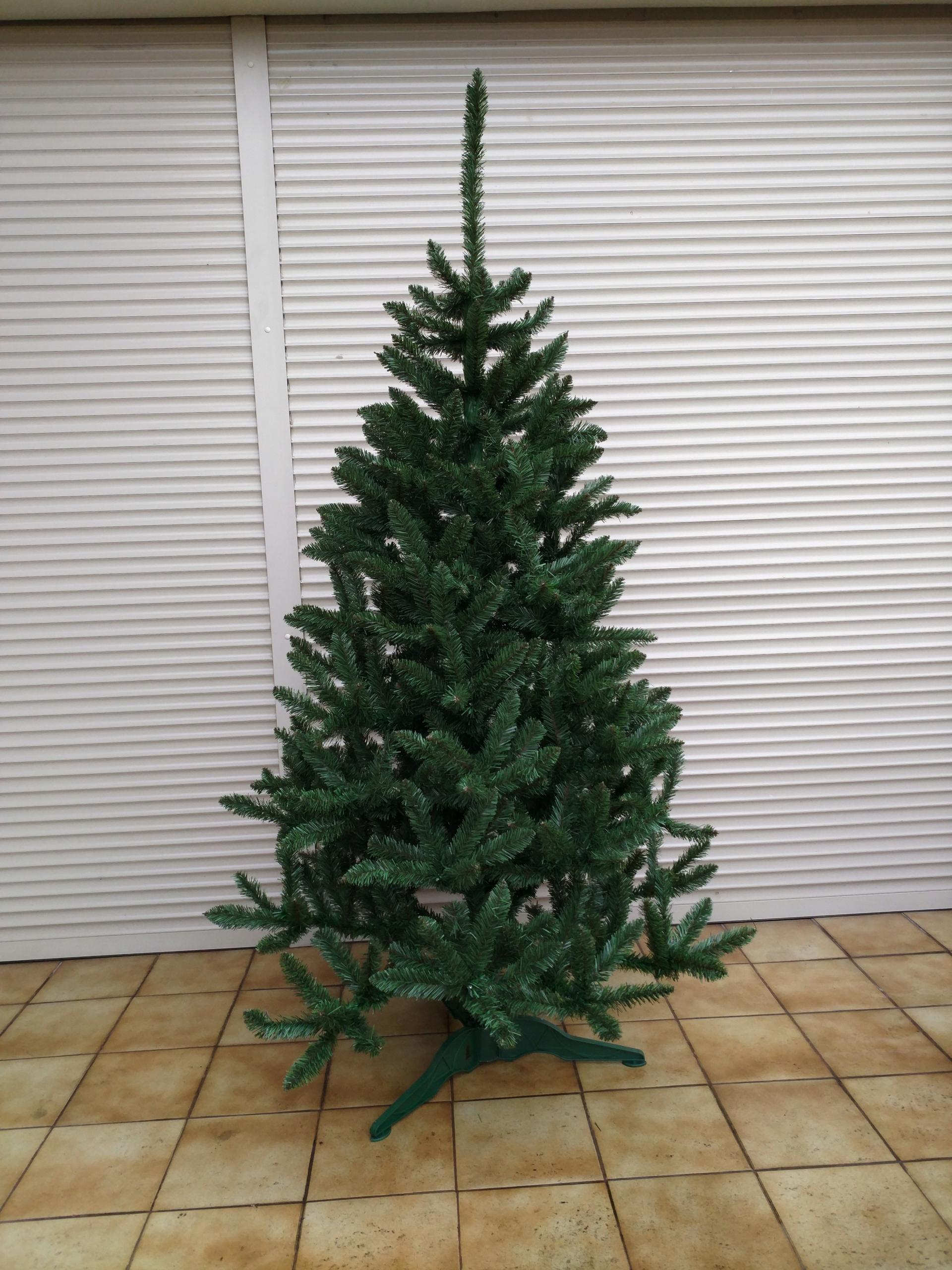 Umelý vianočný stromček prírodný svetlý smrek 1,90m