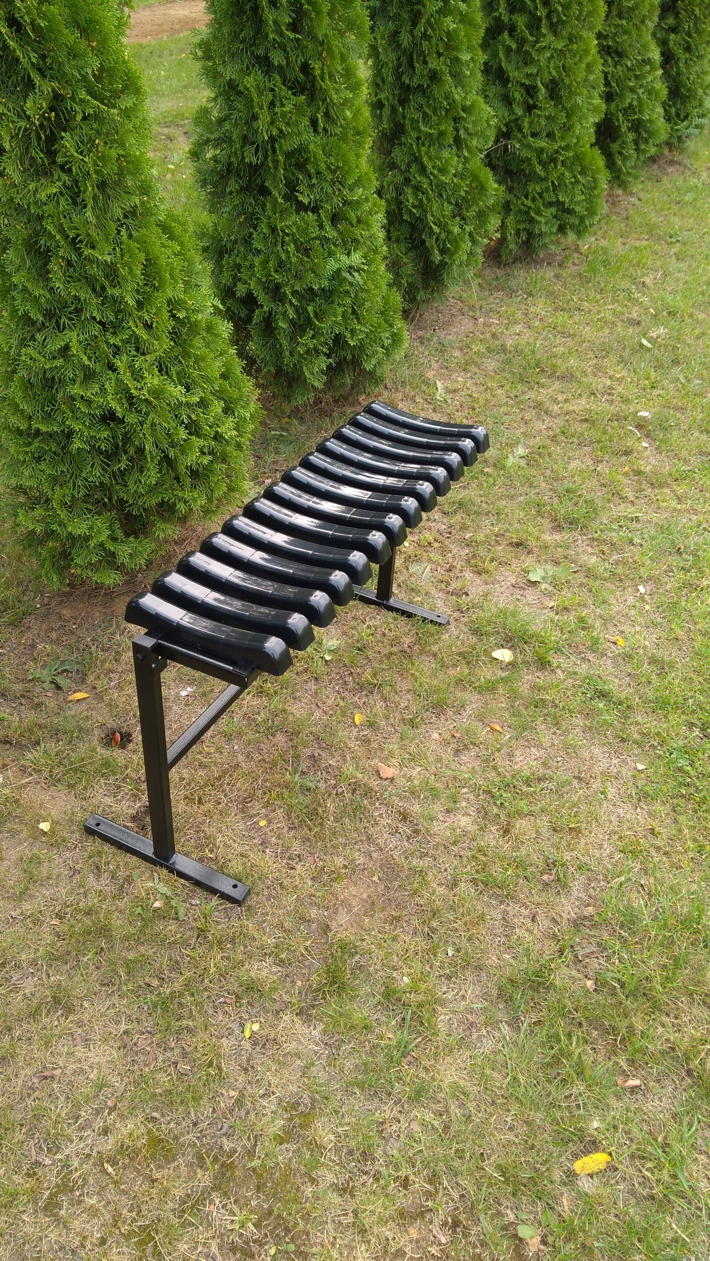lavica na cintoríne odstawna priskrutkovaná SOLIDNA Iný výrobca