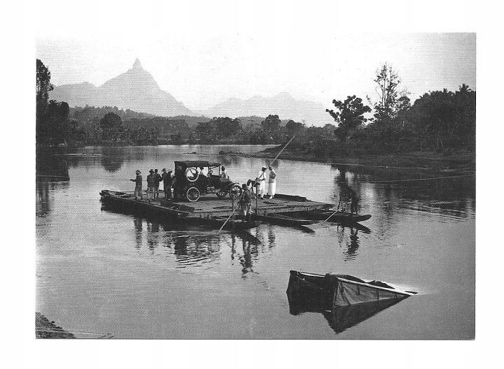 Poczt.- Samochód i prom na rzece / Sumatra, 1915 r