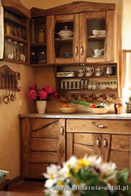 Kuchynský nábytok, retro rustikálny anglický drewnia