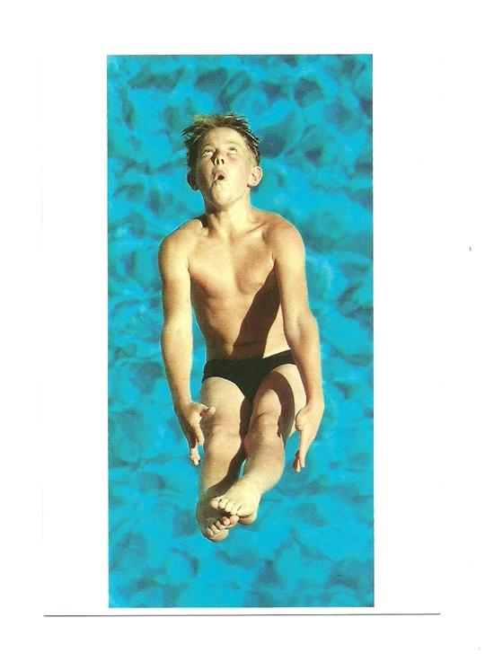 Pocztówka - Chłopiec i zawody w skokach do wody