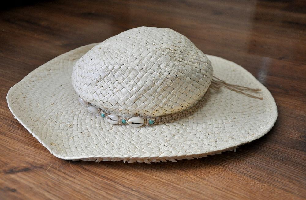 RESERVED słomiany kapelusz muszelki NOWY S %%%