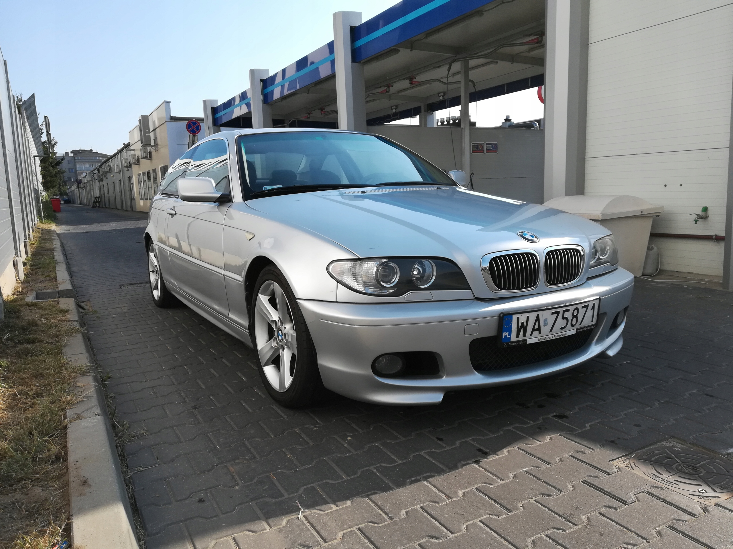 4a1ff18a6 BMW 330 CD coupe - 7608951670 - oficjalne archiwum allegro