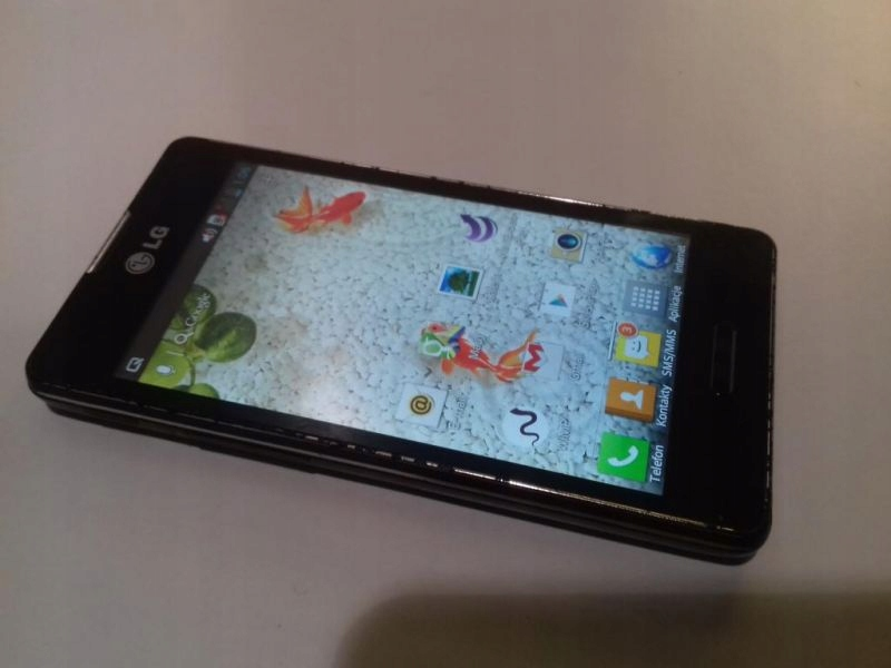 LG E460 PLAY