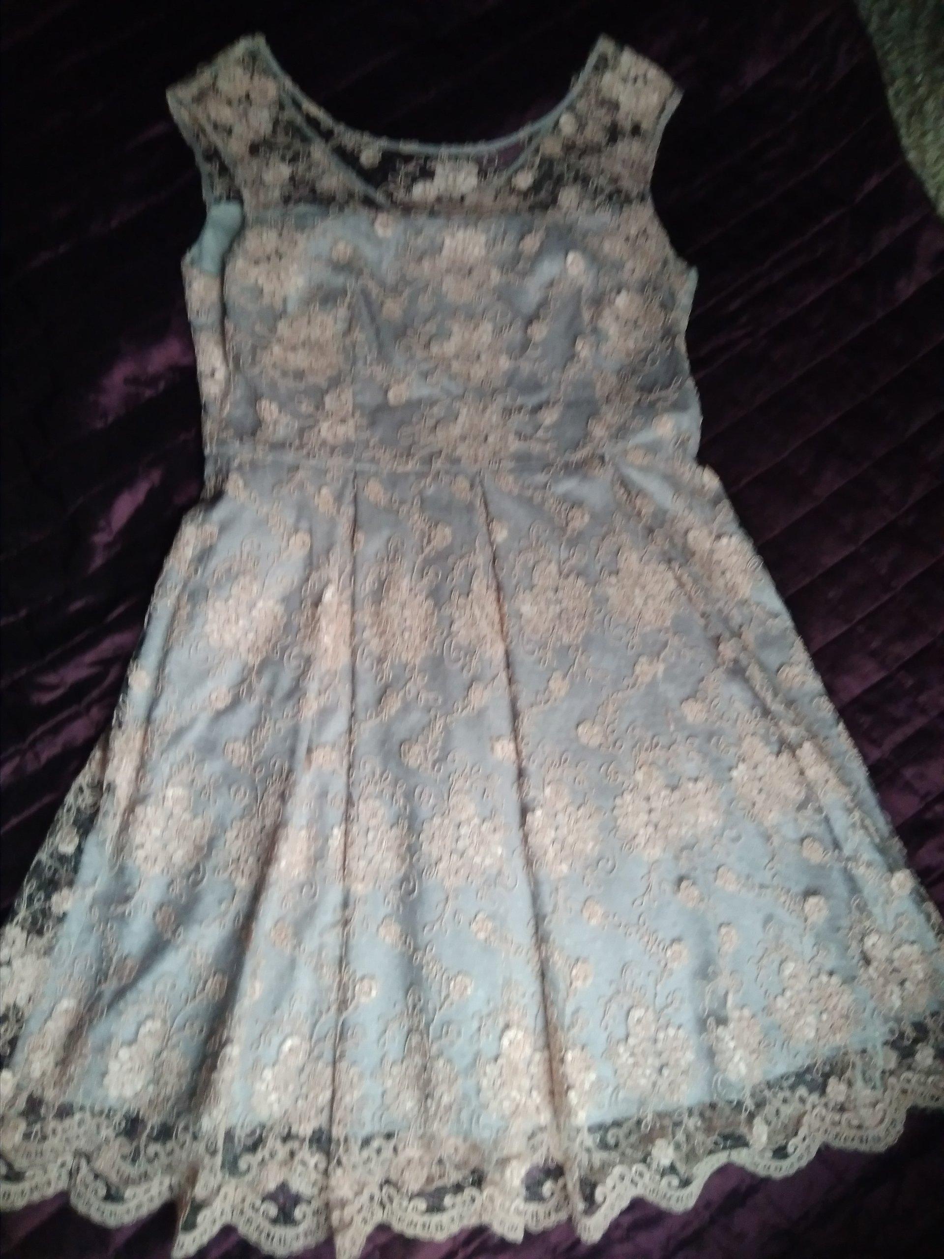 dee17f41e7 śliczna koronkowa sukienka  wesele