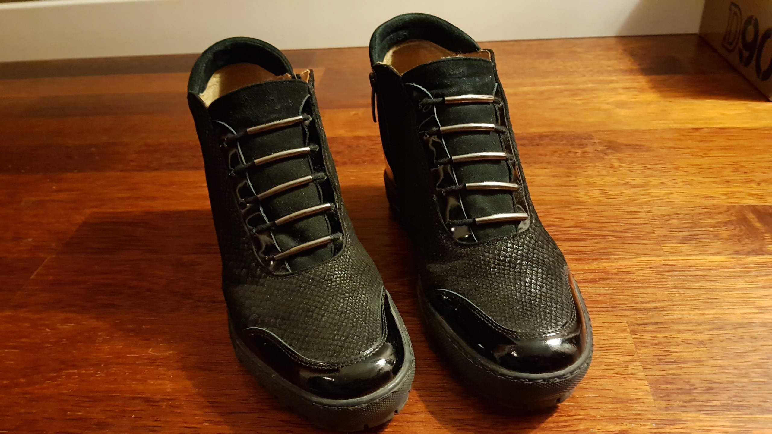 bd614d05cb9c5 Buty sneakersy Wojas r.39 - 7649485939 - oficjalne archiwum allegro