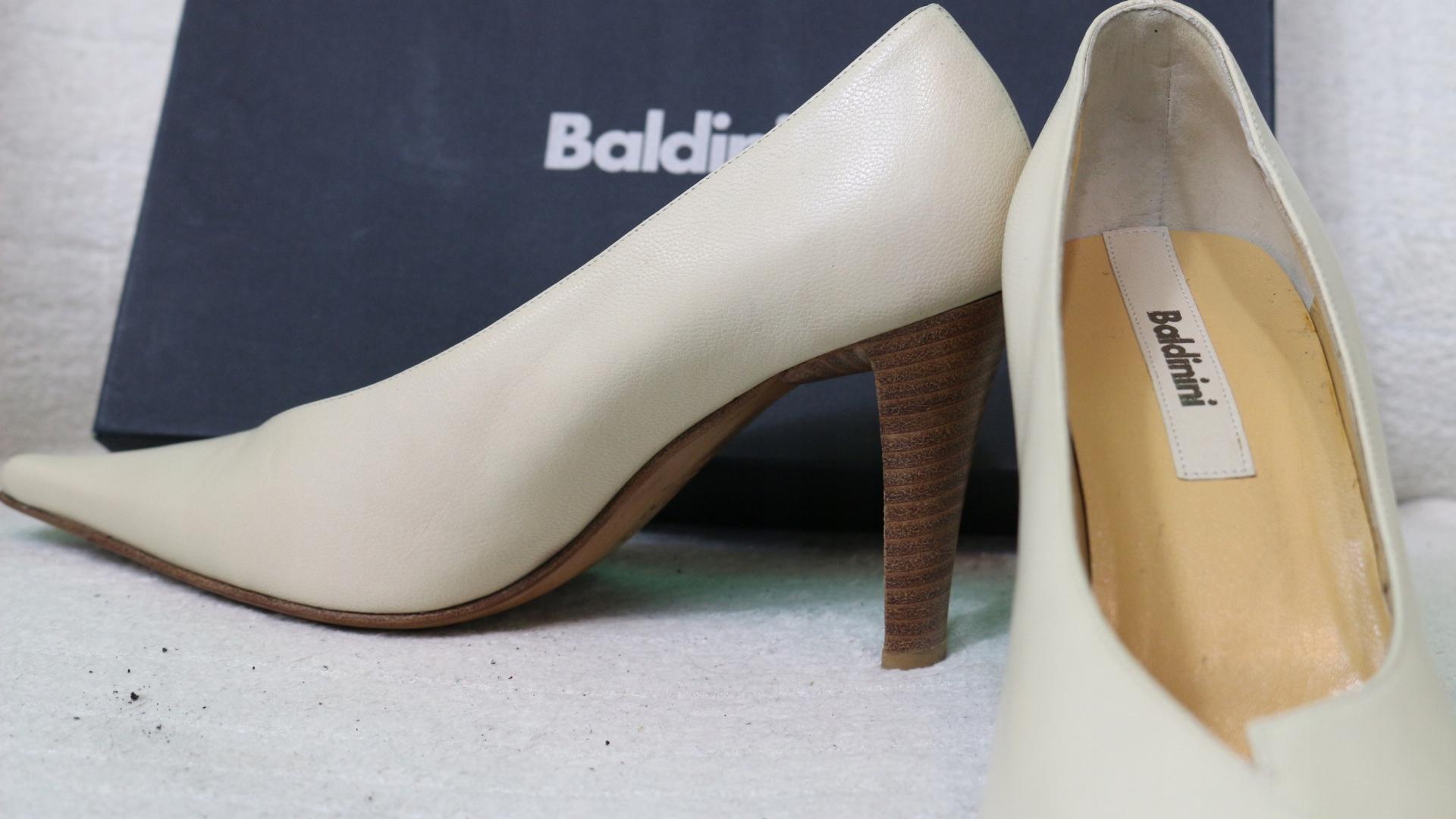 ea16908b Buty włoskie Baldinini szpilki skóra promocja -70% - 7485701213 ...