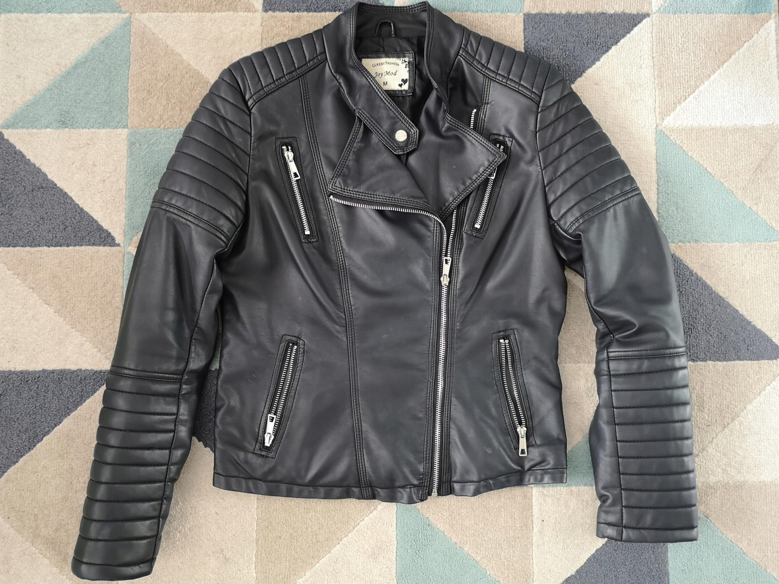 3ebab50ae232 Czarna skórzana kurtka ramoneska biker przeszycia - 7511911358 ...