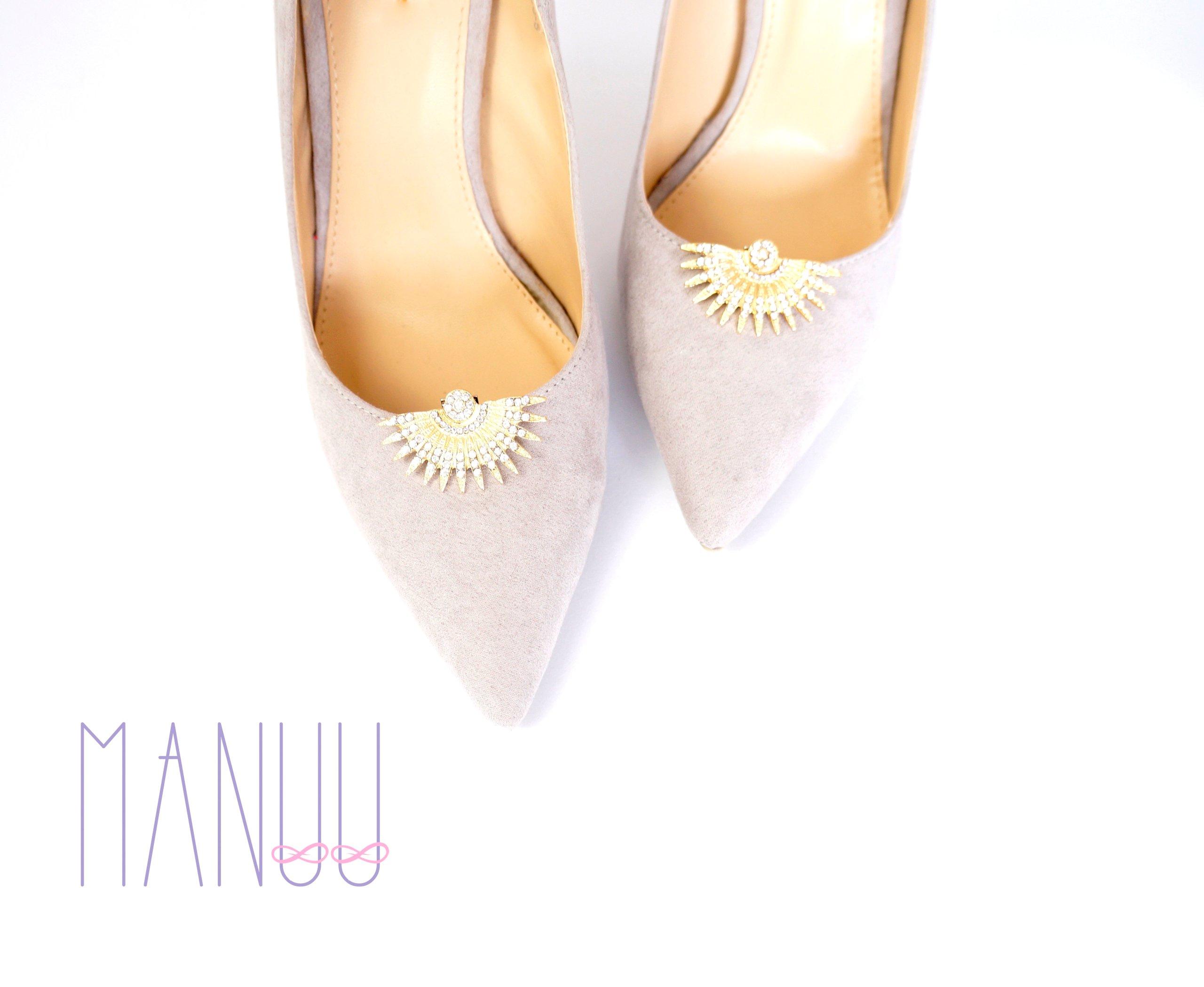 4a42b0a00 Klipsy do butów Manuu - Złote ozdoby z cyrkoniami - 7286539156 ...