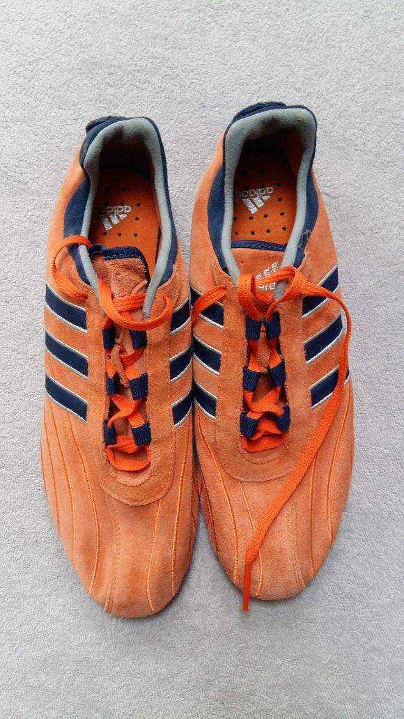 buty halowe adidas pomarańczowe używane