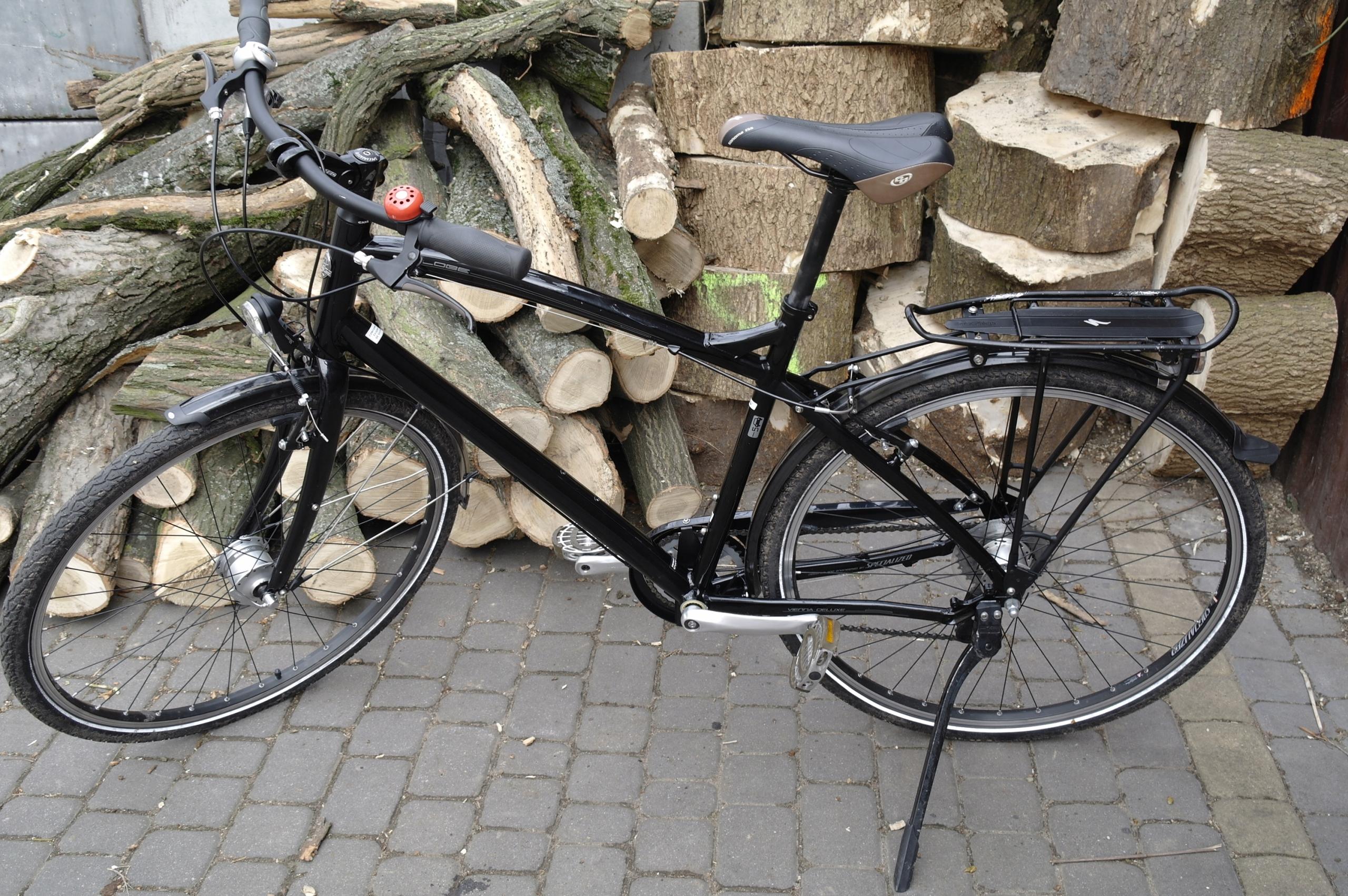 rower miejski SPECIALIZED Globe 28'