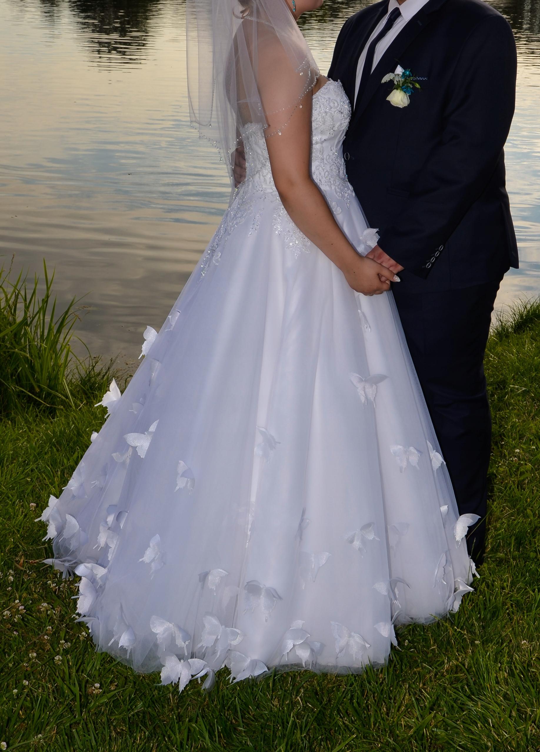 Suknia ślubna Z Motylami Natali Styran Gratis 7443957132