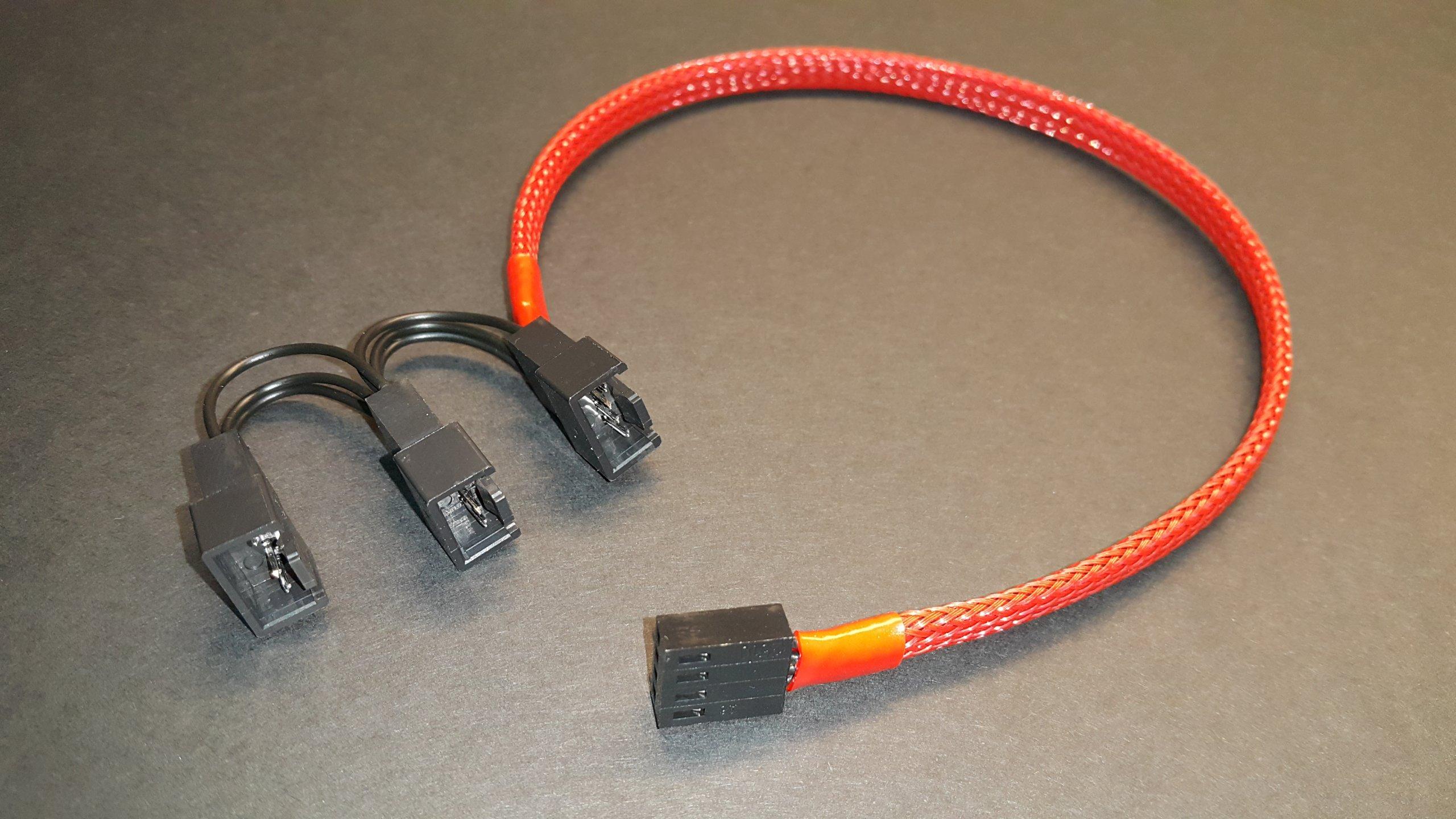 Wentylator rozgałęźnik 3x3+1 pin SLIM (czerwony)