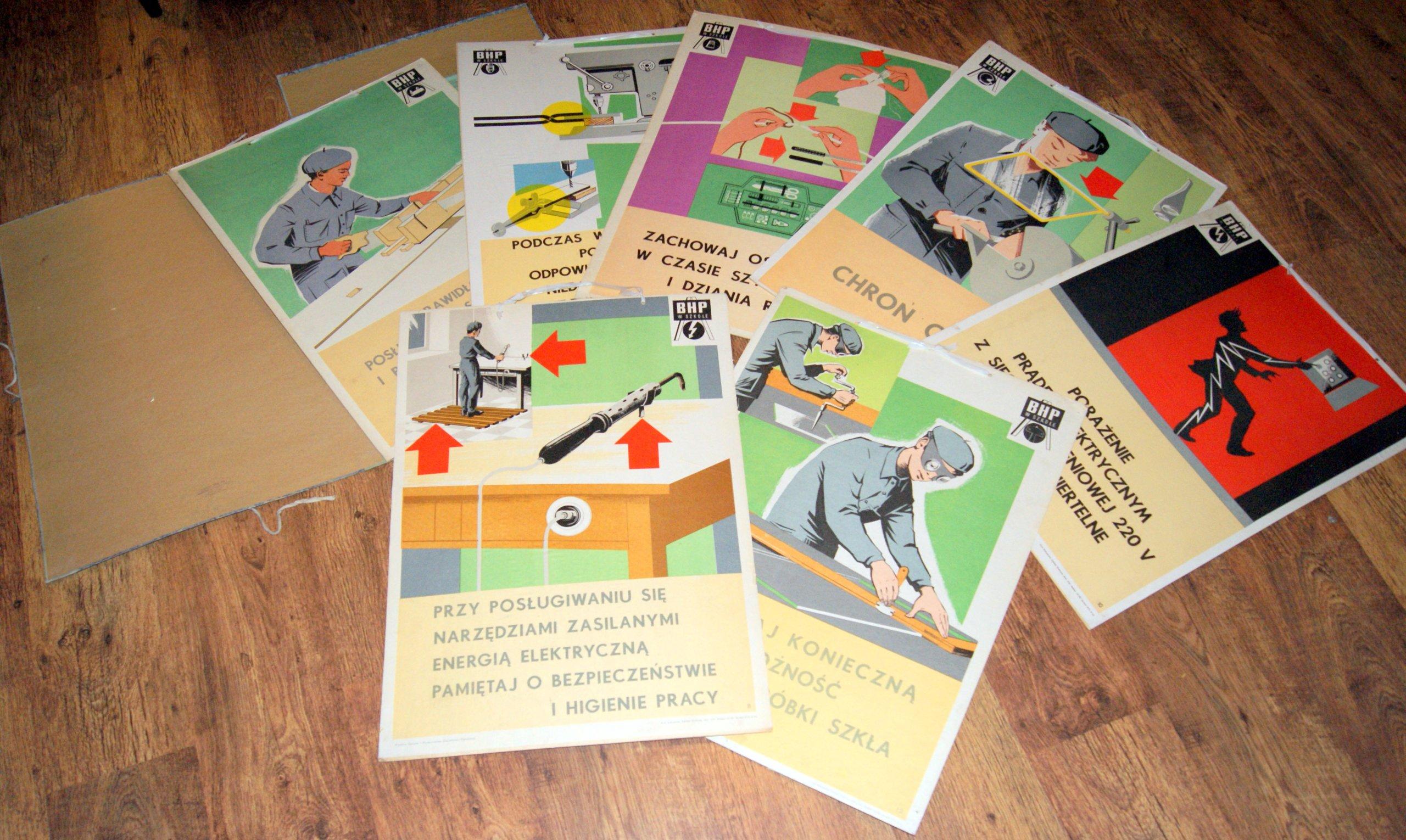 Oryginalne Plakaty Lata 70 13szt Teczka Prl Zestaw