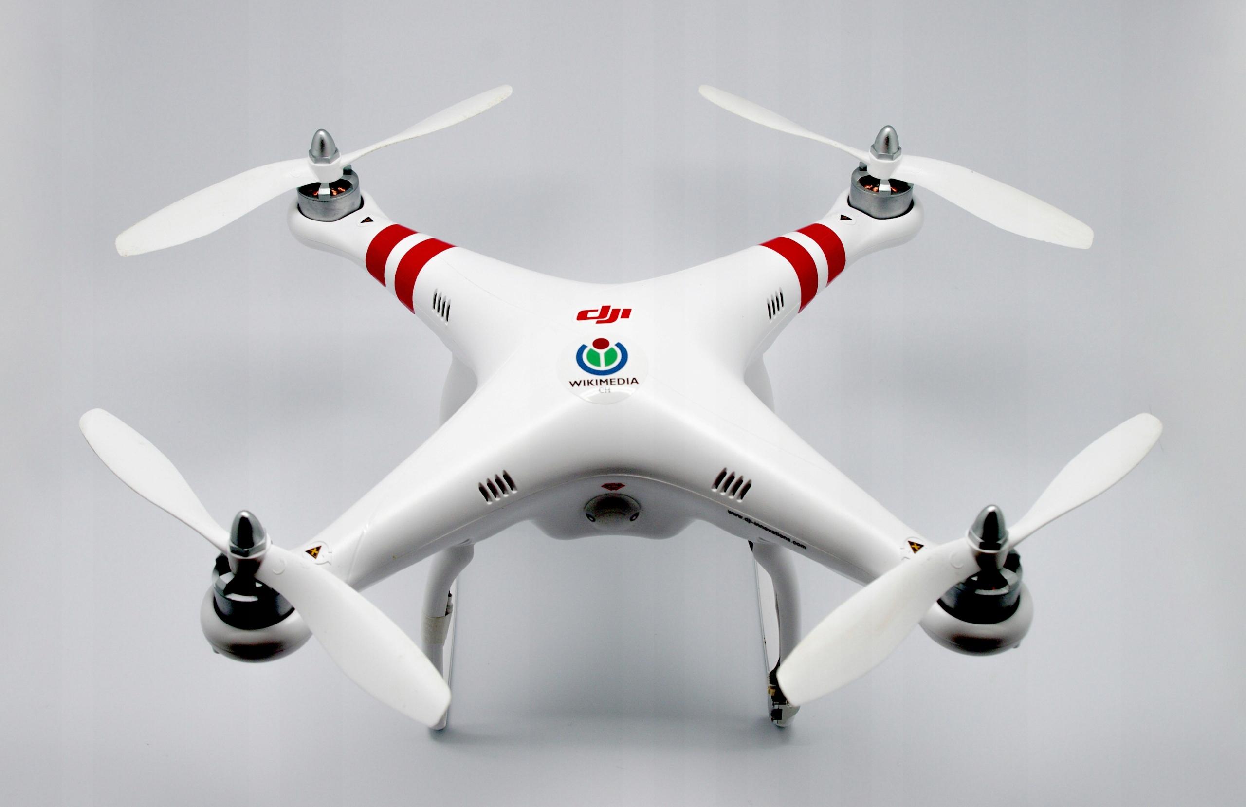 tetradron.pl - Dron w zasięgu ręki