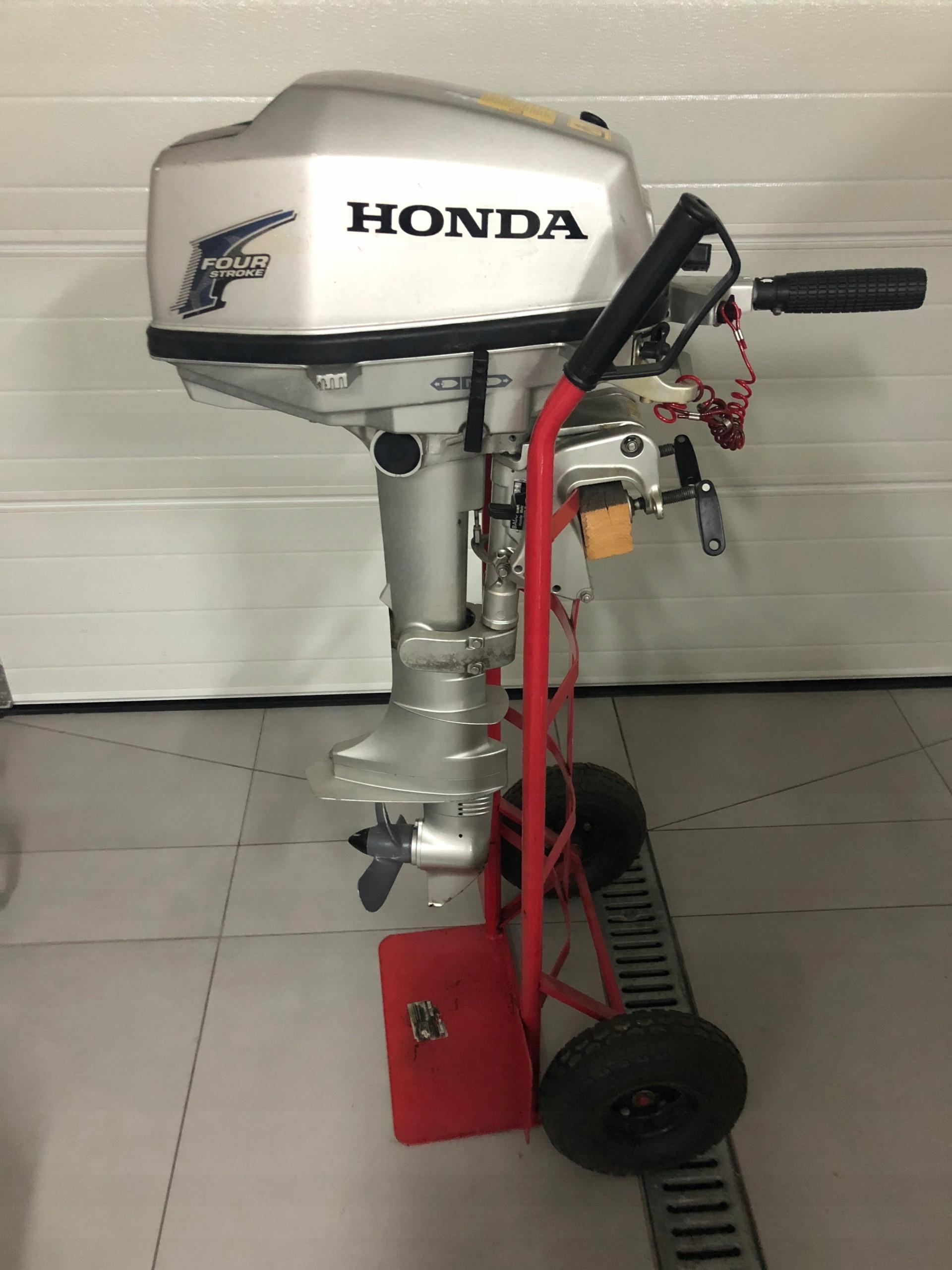Silnik zaburtowy Honda 5hp, 4sow