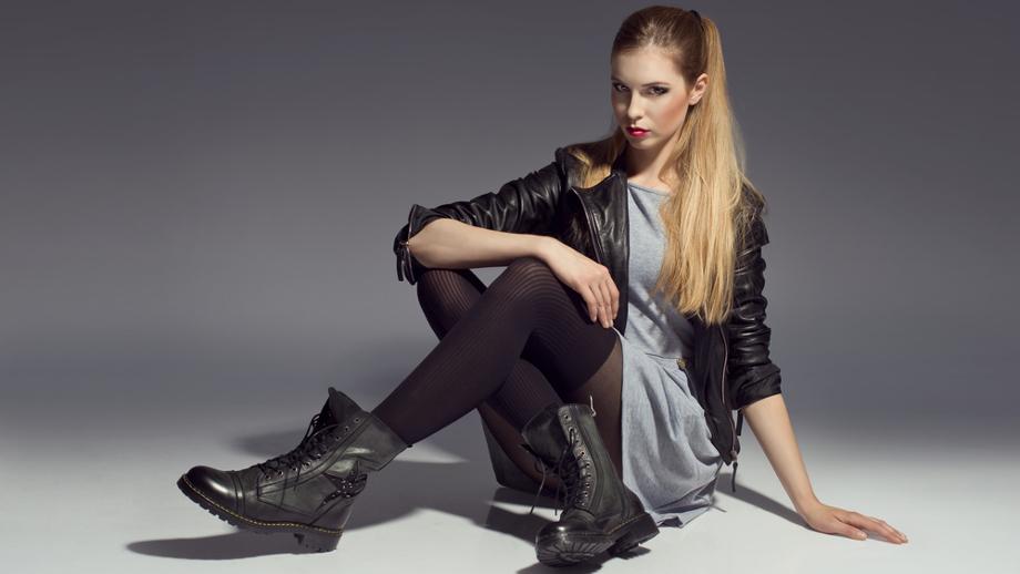 a518c507f4 Szukamy sukienki z rockową duszą - Allegro.pl