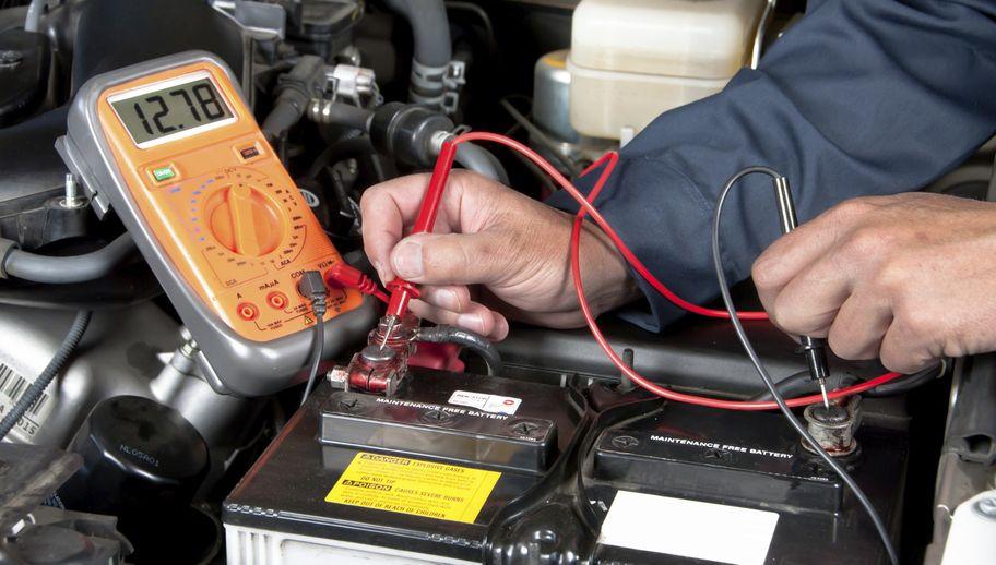Co może być przyczyną awarii akumulatora?