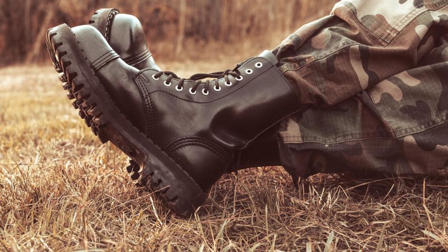 Moda Na Wojskowe Buty Powraca Propozycje Dla Panow Allegro Pl