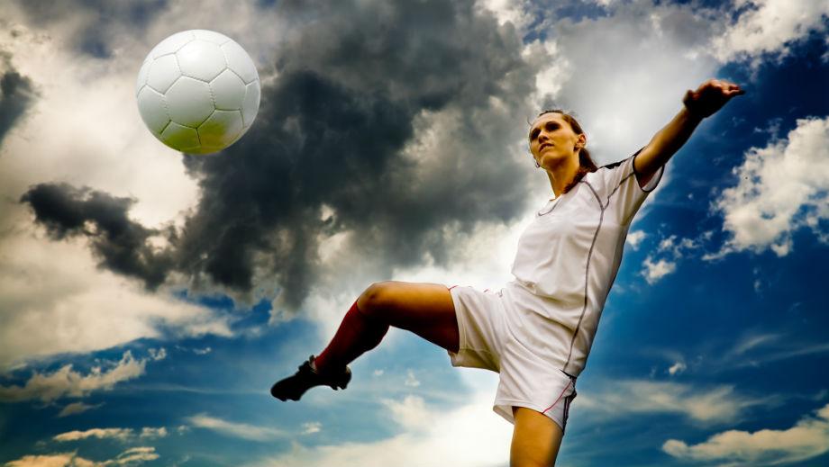 Strój do gry w piłkę nożną dla niej