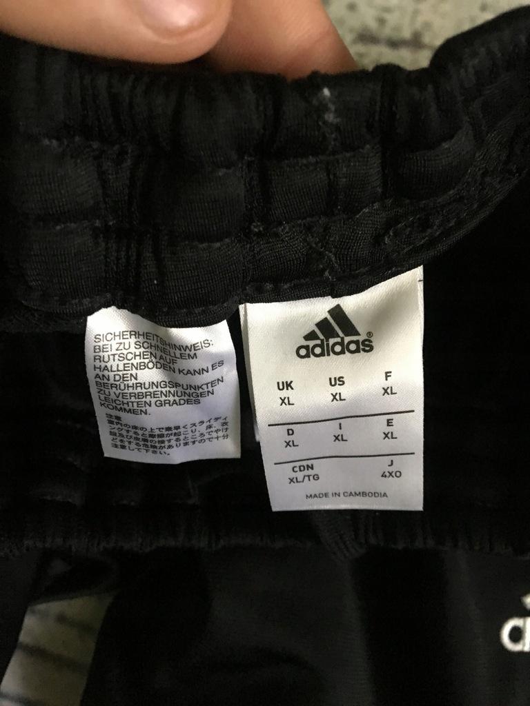 dresy nike air max made in cambodia