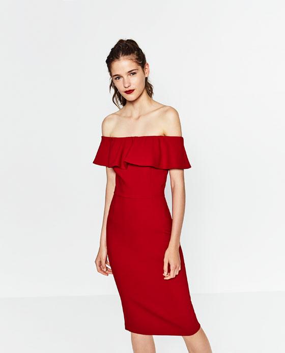 czerowna sukienka z falbaną zara