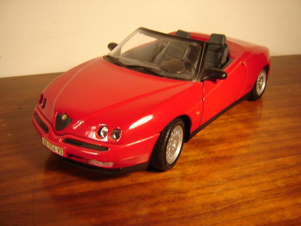 Alfa Romeo Spider V6 Maisto Bez Pudla 7246415687 Oficjalne Archiwum Allegro