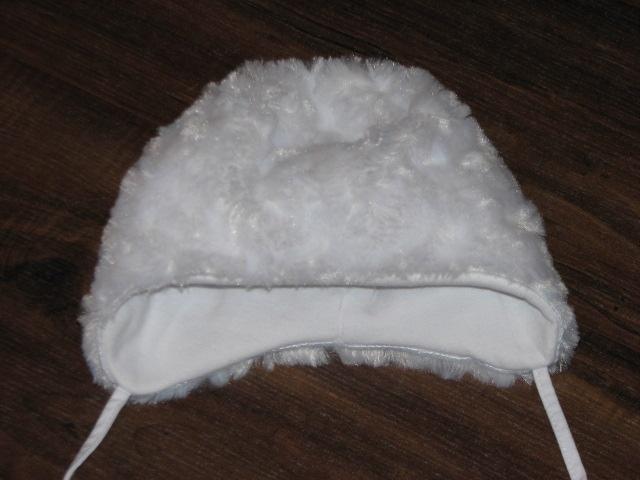 NEXT śliczna czapka 62