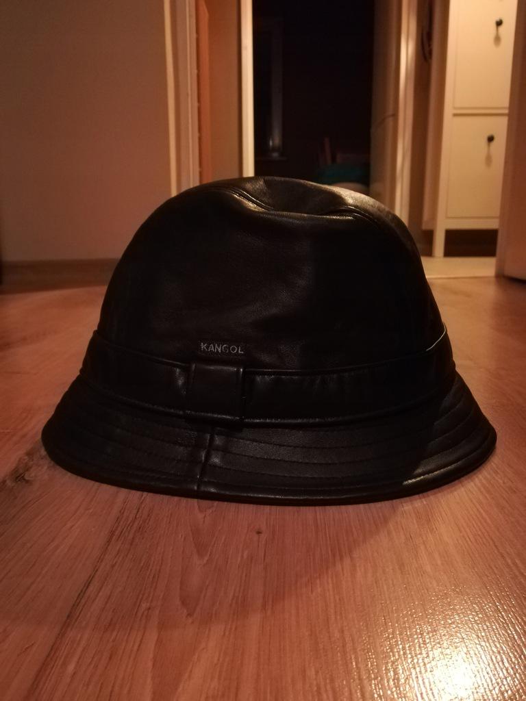 Kangol bucket hat - czarny skórzany rozmiar L