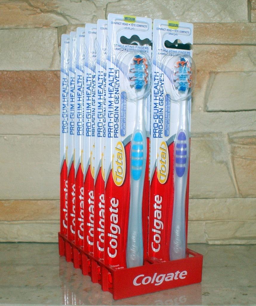 COLGATE TOTAL PRO GUM Szczoteczka do Zębów MEDIUM