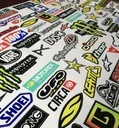 Zestawy naklejek 100/50cm !!! Aż 116 elementów !!! Wzór dominujący logo