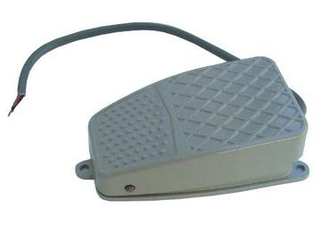 Tlačidlo nožného pedálu Switch 220V 10A NO NC