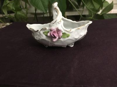 Koszyczek porcelanowy 12/8cm sygnowany