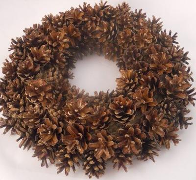 Wianki wianek z szyszek sosny stroik dekoracja