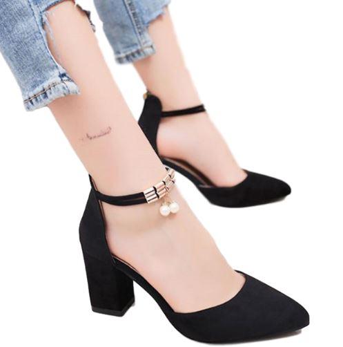 Buty damskie na pasku