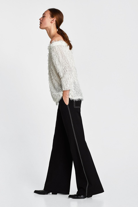 ZARA - śmietankowy sweter odkryte ramiona - S 7672683410 Odzież Damska Swetry GU VFBYGU-5